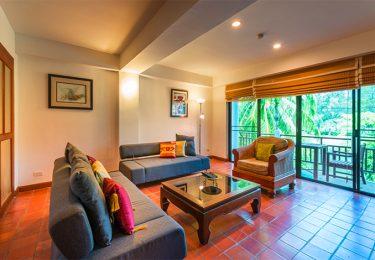Phuket luxury Living The Lake View Apartment
