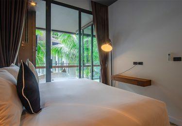PLL_pool view 1 en-suite Bedroom Apartment in Bangtao, Phuket