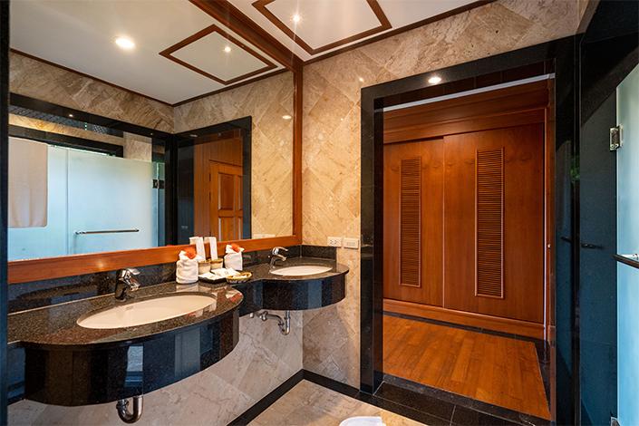 PLL_3 EN-suite bedrooms for Holiday rental in Naiharn